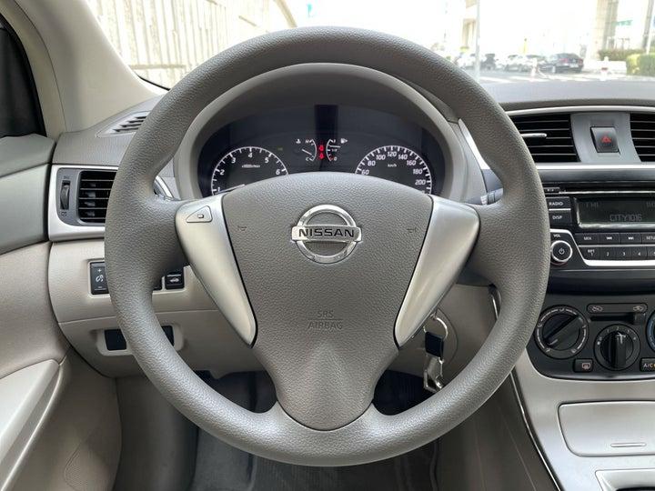 Nissan Sentra-STEERING WHEEL CLOSE-UP