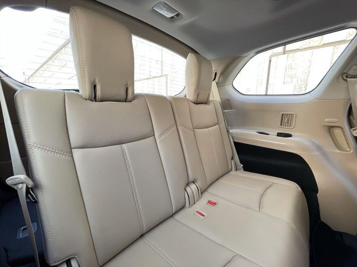Nissan Pathfinder-THIRD SEAT ROW