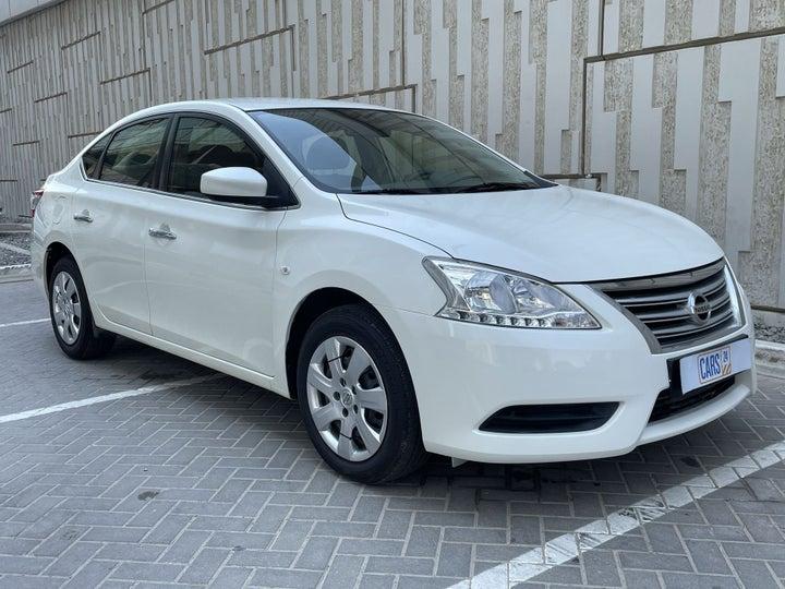 Nissan Sentra-RIGHT FRONT DIAGONAL (45-DEGREE) VIEW