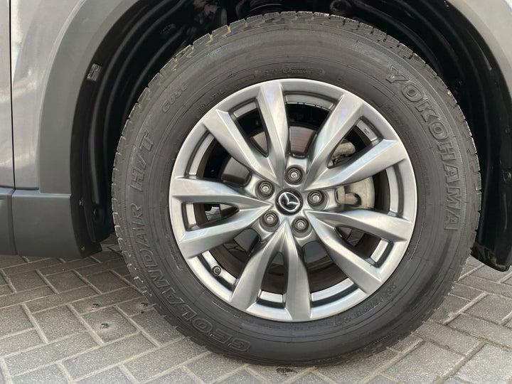 Mazda CX-9-RIGHT FRONT WHEEL