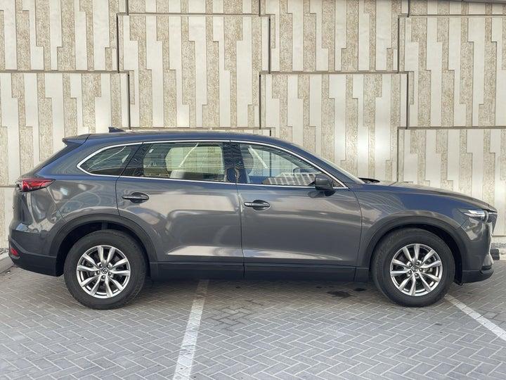 Mazda CX-9-RIGHT SIDE VIEW