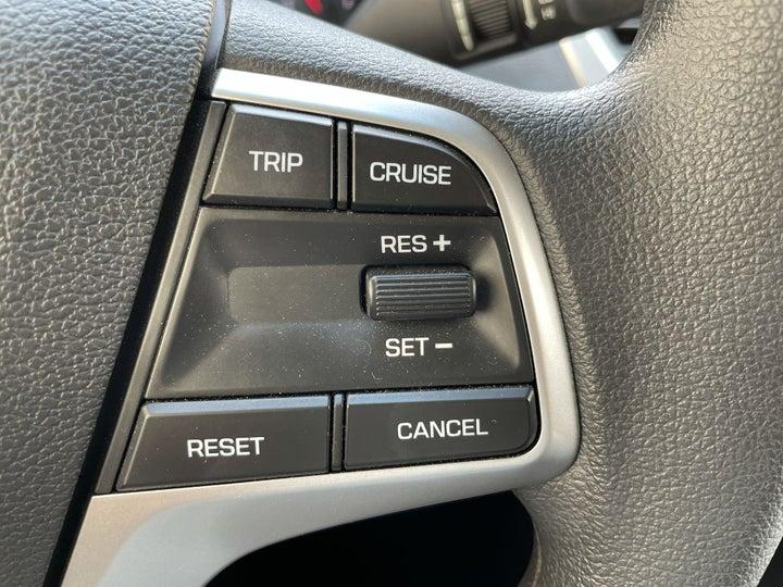 Hyundai Accent-CRUISE CONTROL
