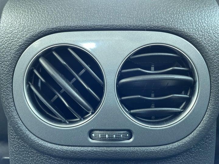 Volkswagen Tiguan-REAR AC TEMPERATURE CONTROL