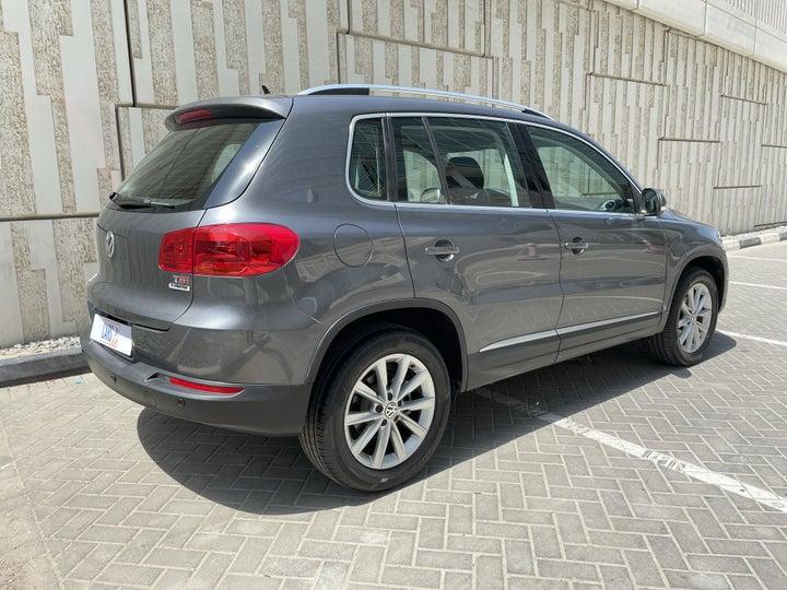 Volkswagen Tiguan-RIGHT BACK DIAGONAL (45-DEGREE VIEW)