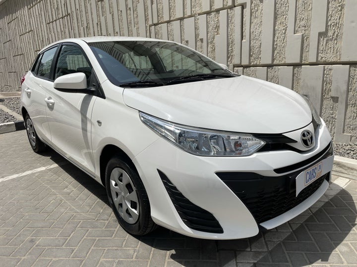 Toyota Yaris-RIGHT FRONT DIAGONAL (45-DEGREE) VIEW