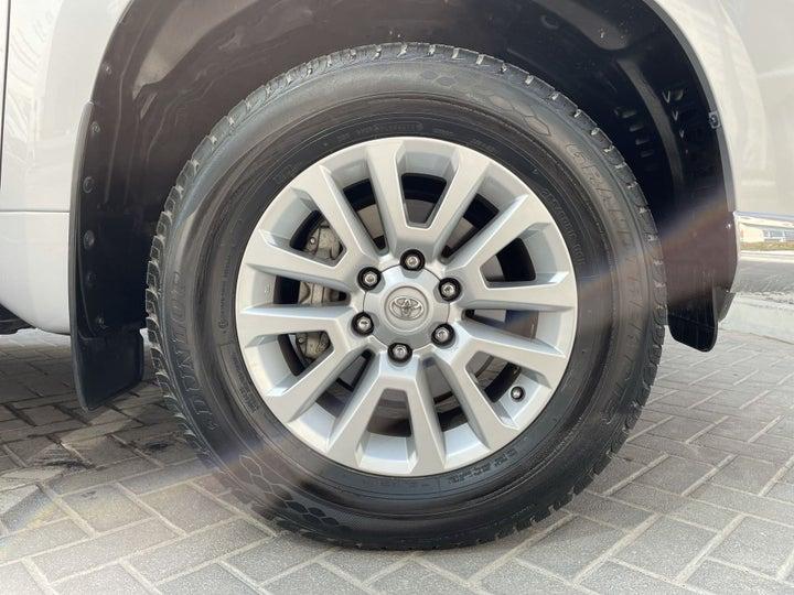 Toyota Prado-RIGHT FRONT WHEEL