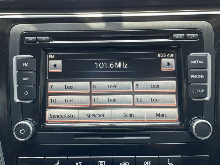 Volkswagen Passat-INFOTAINMENT SYSTEM