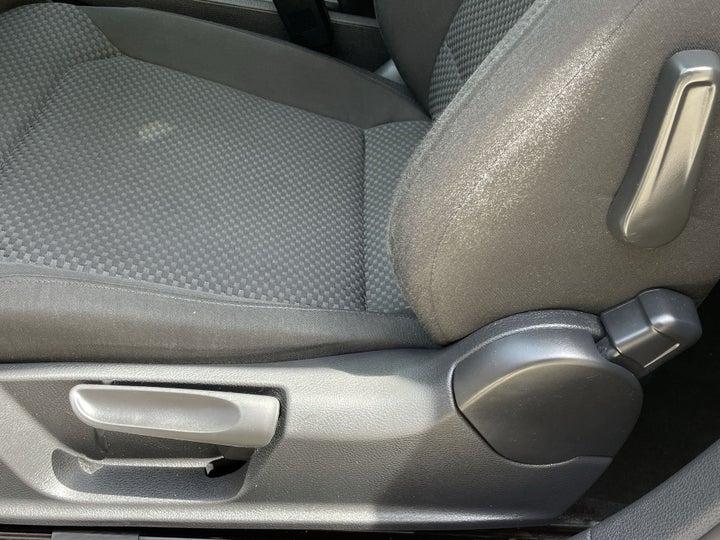 Volkswagen Passat-DRIVER SIDE ADJUSTMENT PANEL