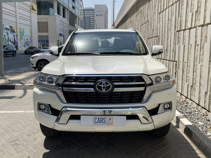 Toyota Landcruiser-FRONT VIEW