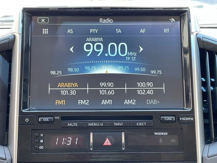 Toyota Landcruiser-INFOTAINMENT SYSTEM