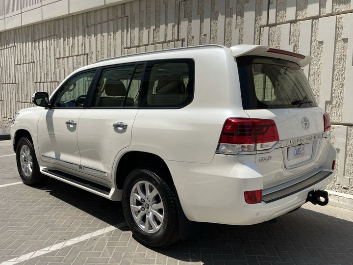 Toyota Landcruiser-LEFT BACK DIAGONAL (45-DEGREE) VIEW