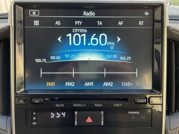 Toyota Land Cruiser-INFOTAINMENT SYSTEM