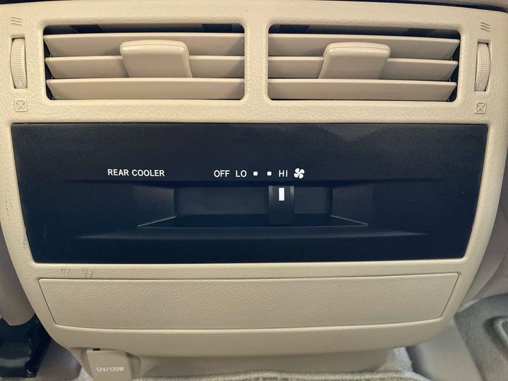 Toyota Land Cruiser-REAR AC VENT