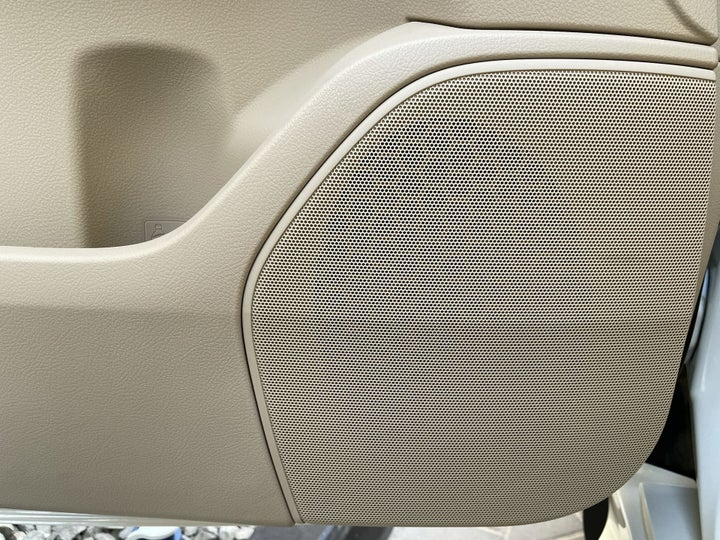 Toyota Land Cruiser-SPEAKERS