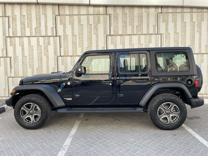 Jeep Wrangler-LEFT SIDE VIEW