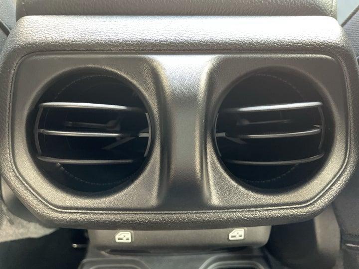 Jeep Wrangler-REAR AC VENT