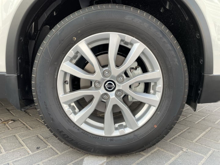 Nissan X-Trail-RIGHT FRONT WHEEL