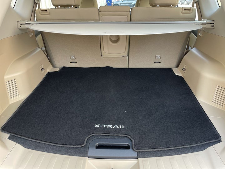 Nissan X-Trail-BOOT INSIDE VIEW