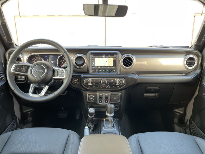 Jeep Wrangler-DASHBOARD VIEW