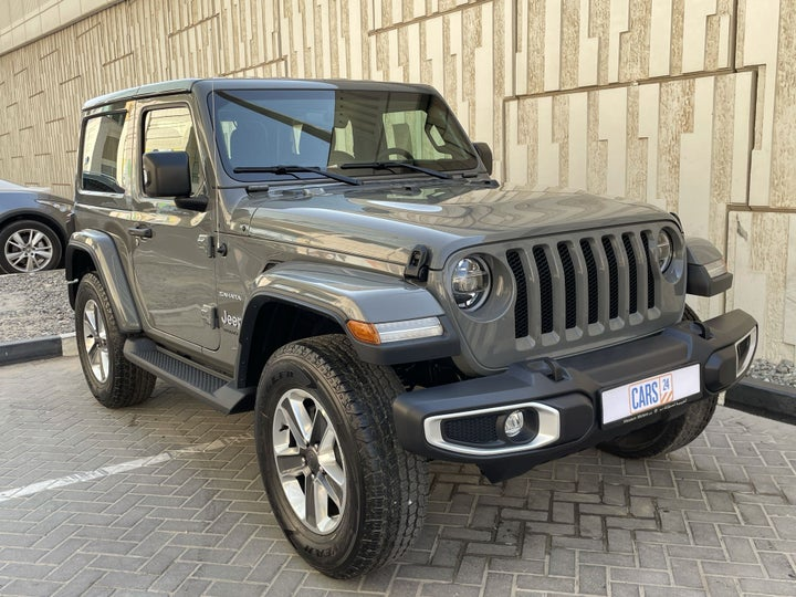 Jeep Wrangler-RIGHT FRONT DIAGONAL (45-DEGREE) VIEW