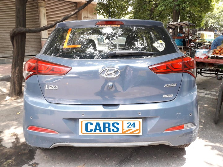 buy used hyundai elite i20 in new delhi  cars24