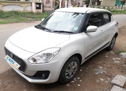 2018 Maruti Swift VXI AMT