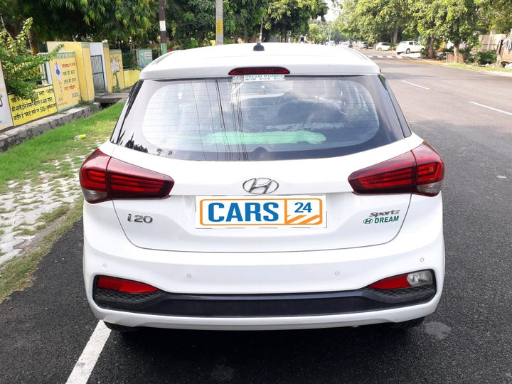 buy used hyundai elite i20 in ghaziabad  cars24