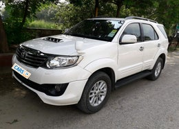2013 Toyota Fortuner SPORTIVO 4X2 AT