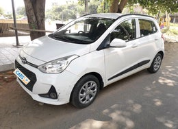 2017 Hyundai Grand i10 Sportz(O) 1.2 MT