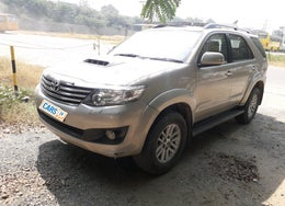 2012 Toyota Fortuner 3.0 AT 4X2