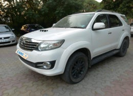 2015 Toyota Fortuner 3.0 AT 4X2