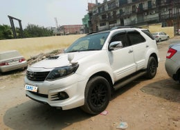 2012 Toyota Fortuner SPORTIVO 4X2 AT
