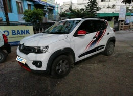 2018 Renault Kwid 1.0 RXT AT Marvel Captain America Edition