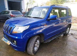 2015 Mahindra TUV300 T8 AT