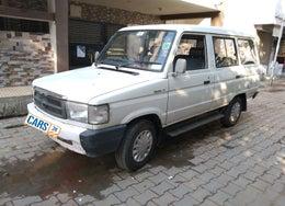 2000 Toyota Qualis FS B1