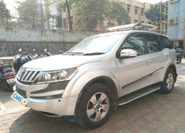 2015 Mahindra XUV500 W8 FWD