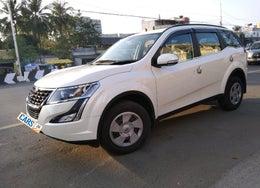 2019 Mahindra XUV500 W7 FWD
