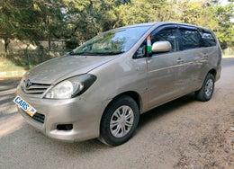 2011 Toyota Innova 2.5 G4 8 STR
