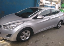 2013 Hyundai New Elantra S 1.6 MT