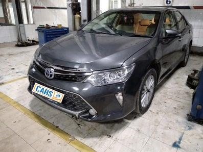 2015 Toyota Camry HYBRID AT