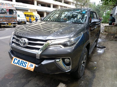 2017 Toyota Fortuner 2.8 4x2 AT
