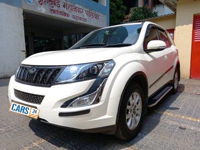 2017 Mahindra XUV500 W10 AT FWD